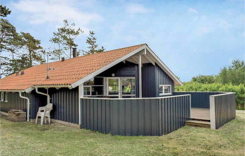 4 Zimmer Unterkunft in Ebeltoft, casa vacanza a Ebeltoft