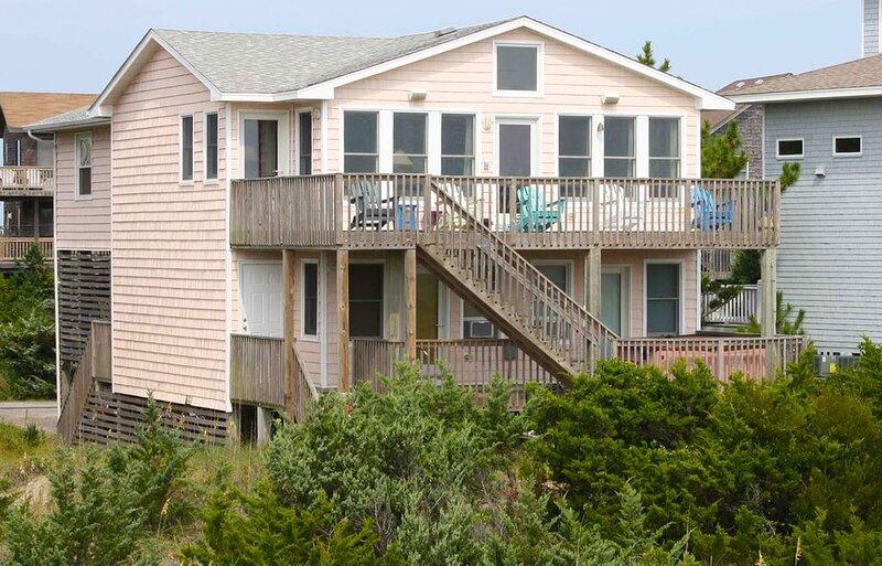 Stylish Oceanfront Avon Home w/ Hot Tub, Cmty Pool, Karaoke, WiFi, Dog-Friendly, vacation rental in Avon