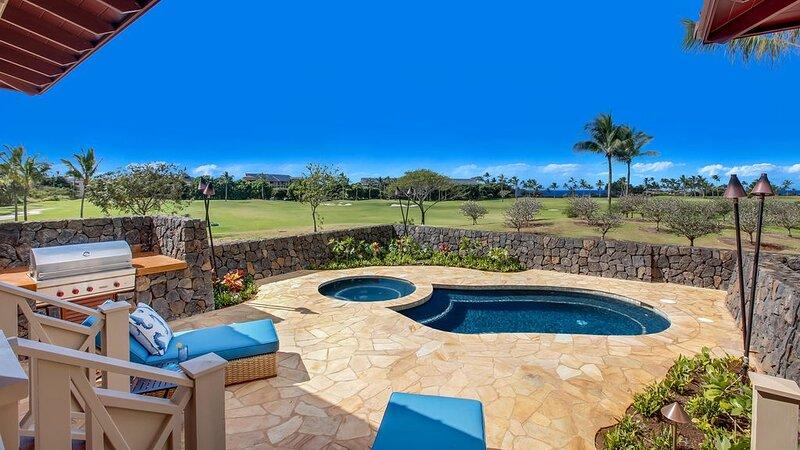 Luxury Ocean View Private Home with Pool, AC, location de vacances à Kekaha