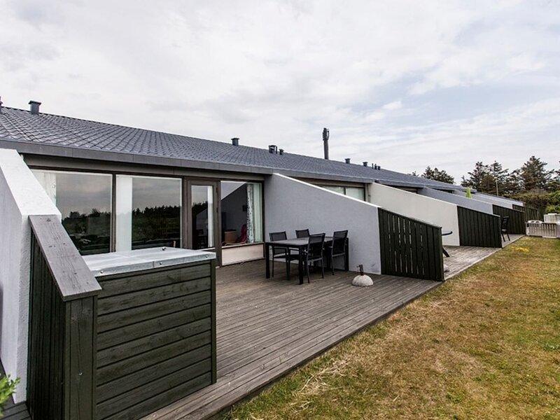 6-Personen-Ferienhaus im Ferienpark Landal Grønhøj Strand, Ferienwohnung in Saltum