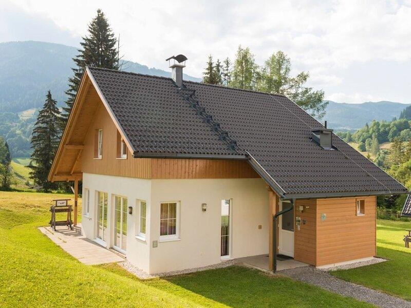 Komfort 10-Personen-Chalet im Ferienpark Landal Bad Kleinkirchheim, holiday rental in Sankt Oswald