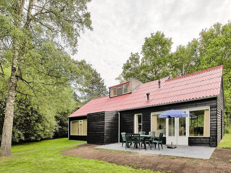6-Personen-Ferienhaus im Ferienpark Landal De Bloemert, holiday rental in Muntendam