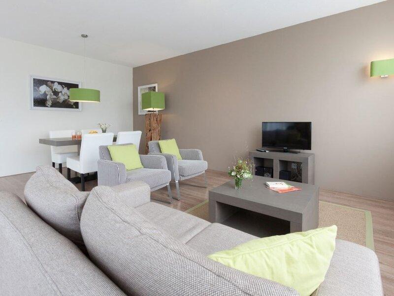 Luxus 4-Personen-Ferienwohnung im Ferienpark Dormio Resort Eifeler Tor, Ferienwohnung in Düren
