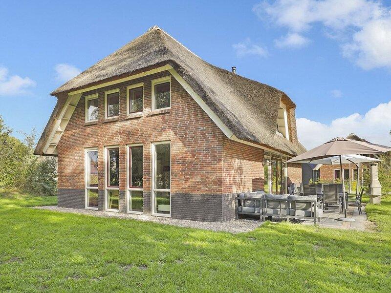 Luxus+ 12-Personen-Ferienhaus im Ferienpark Landal Aelderholt, Ferienwohnung in Zwiggelte