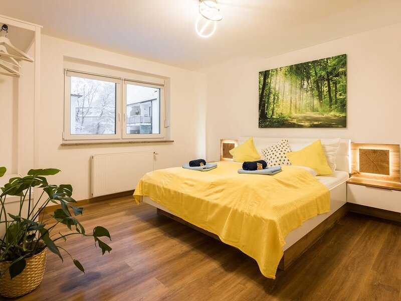 ☆Perfect for 4 guests! Kitchen | Parking | Netflix, vacation rental in Augsburg