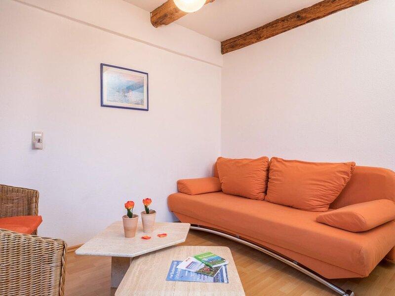 Charmantes Apartment '4-Sterne-Ferienwohnung Nr. 4' mit WLAN, Balkon, Garten und, casa vacanza a Markdorf