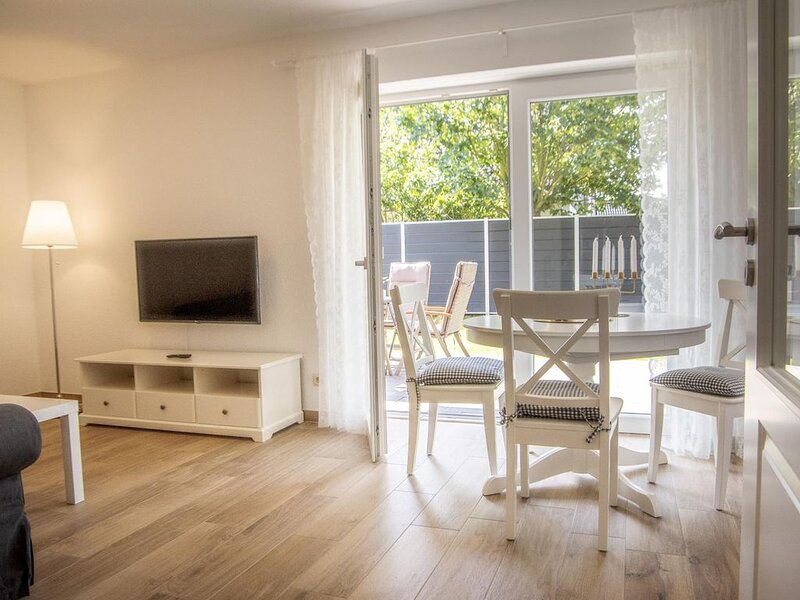 CS5/1 - Freundliche, exklusive Erdgeschoss Ferienwohnung bis 6 Personen mit Tera – semesterbostad i Cuxhaven