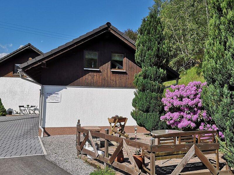 Apartment in Goldisthal with Terrace, Parking, Heating, Bikes, aluguéis de temporada em Steinheid