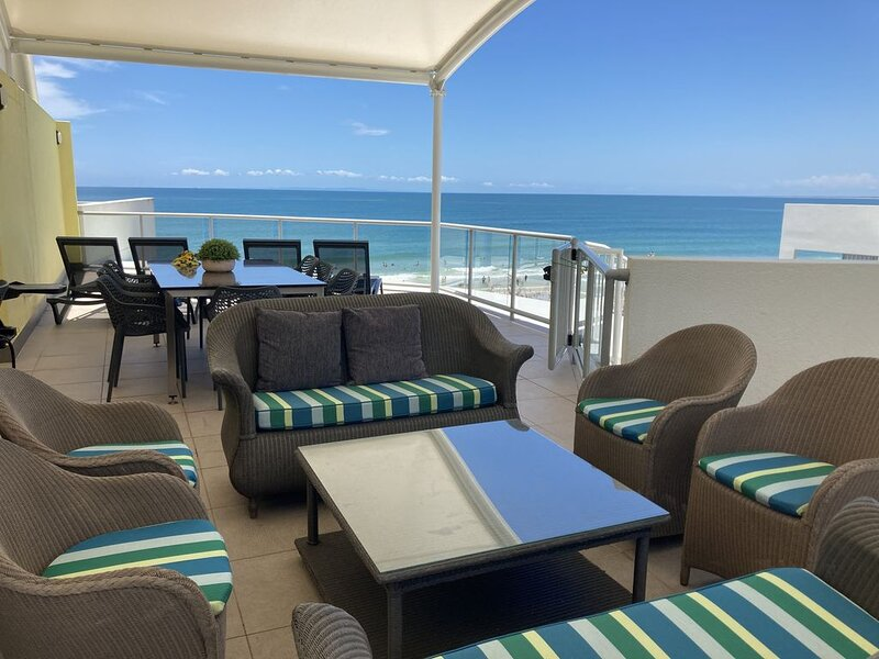 ABSOLUTE BEACHFRONT PENTHOUSE on Kings Beach, vacation rental in Kings Beach