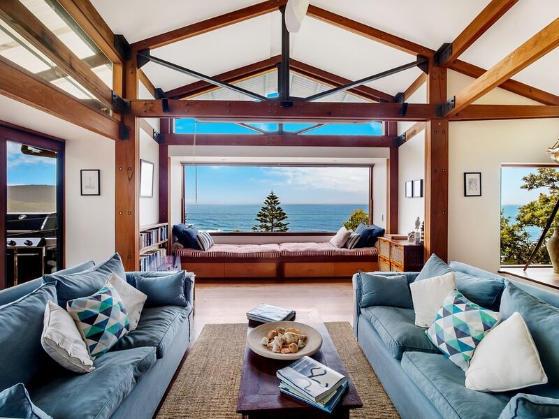 Atlas Beach House - Killcare Beach Views, holiday rental in Killcare