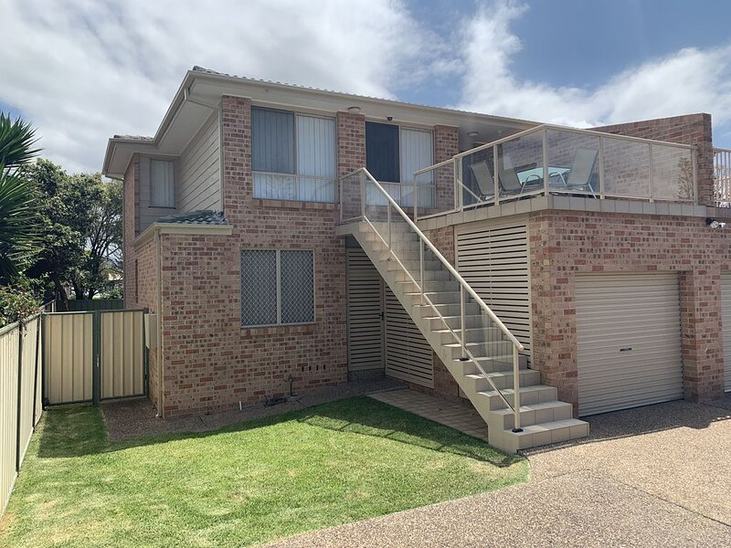Illawarra Shores - Beach and Lake, vacation rental in Warilla