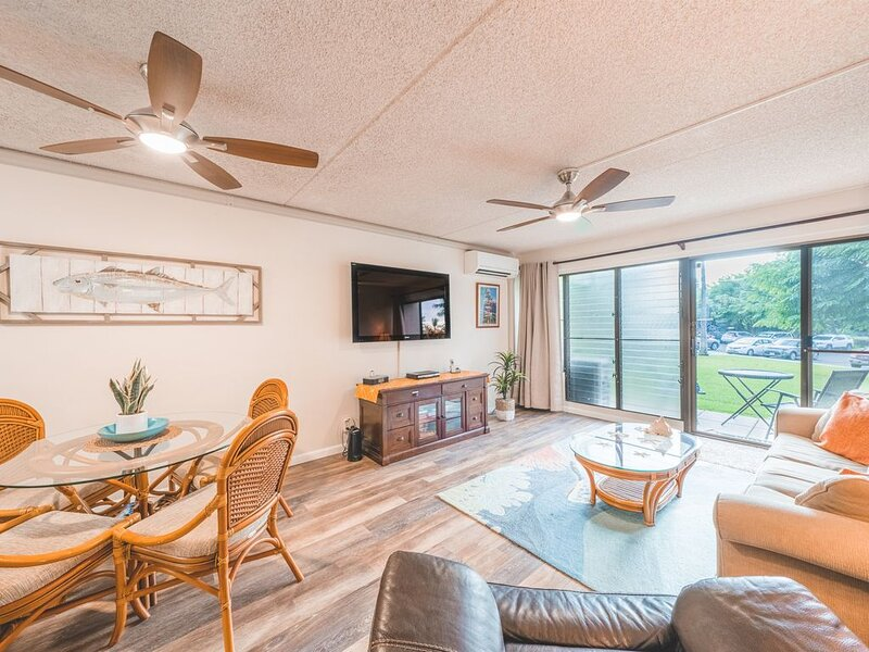 NEW Listing, Across From Beach, Ground Floor, New A/C!⛱️, holiday rental in Kula