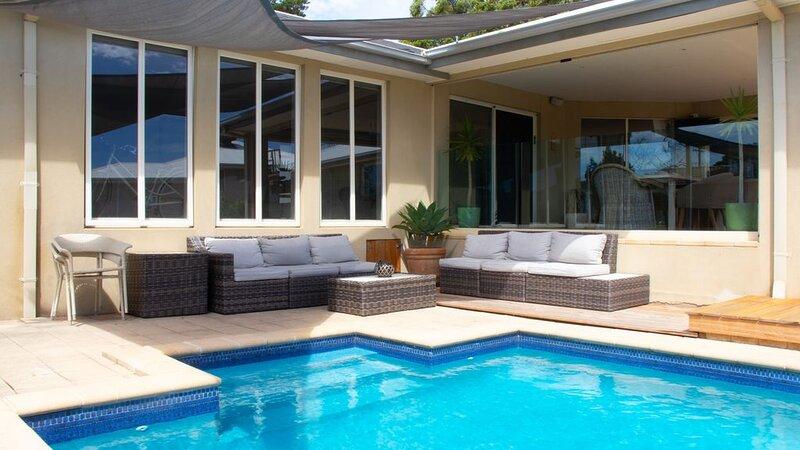 Gleneagles Getaway - Luxury Beachside, aluguéis de temporada em Mornington