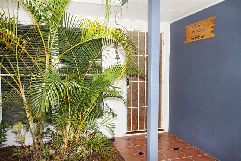 Unit 1, 16 Melville Court, Mt Coolum, holiday rental in Mount Coolum