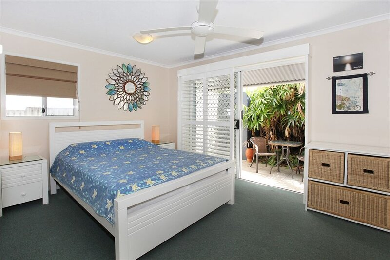 Unit 3, On The Park, Coolum Beach, holiday rental in Ninderry