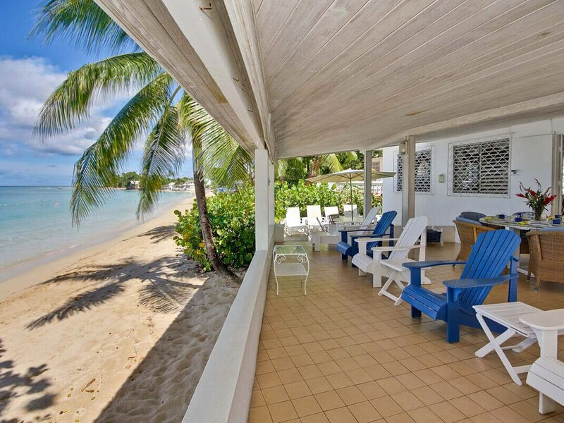 Comfortable Beachfront Home - Aquamarine, location de vacances à Mullins