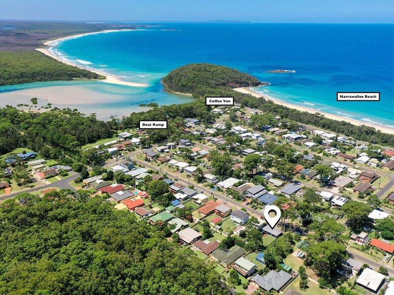 Beach Bangalow, Narrawallee, holiday rental in Narrawallee