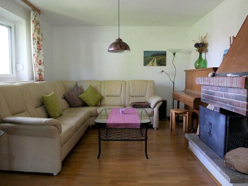 Ferienwohnung Chiemsee  für 1-5 Personen (95 qm, OG) – semesterbostad i Prien am Chiemsee