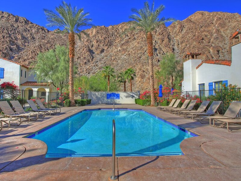 Mountain view retreat in La Quinta, holiday rental in La Quinta