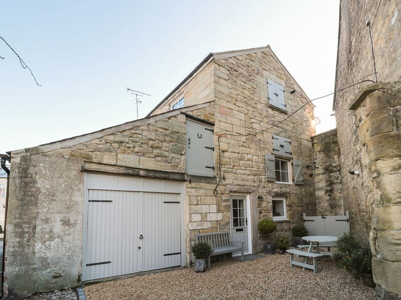 The Olde Stables, WARKWORTH, holiday rental in Guyzance
