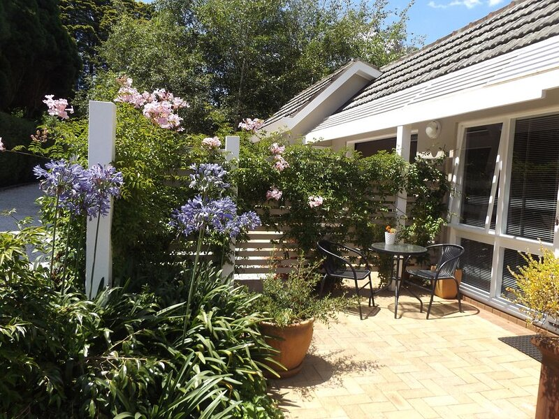 Old Bowral Charm - Aitken Adventure, holiday rental in Mittagong