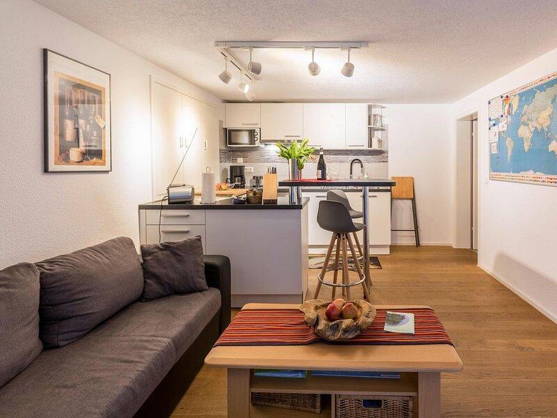 """Schönes Apartment Mathilde """"Wohnung Unten"""" in ländlicher Gegend in der Nähe des, holiday rental in Canton of Schaffhausen"""