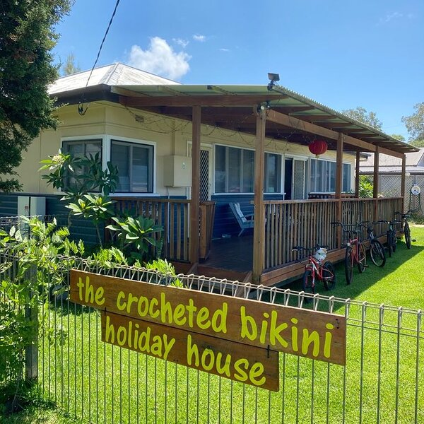 The Crotcheted Bikini Holiday House, holiday rental in Camden Haven