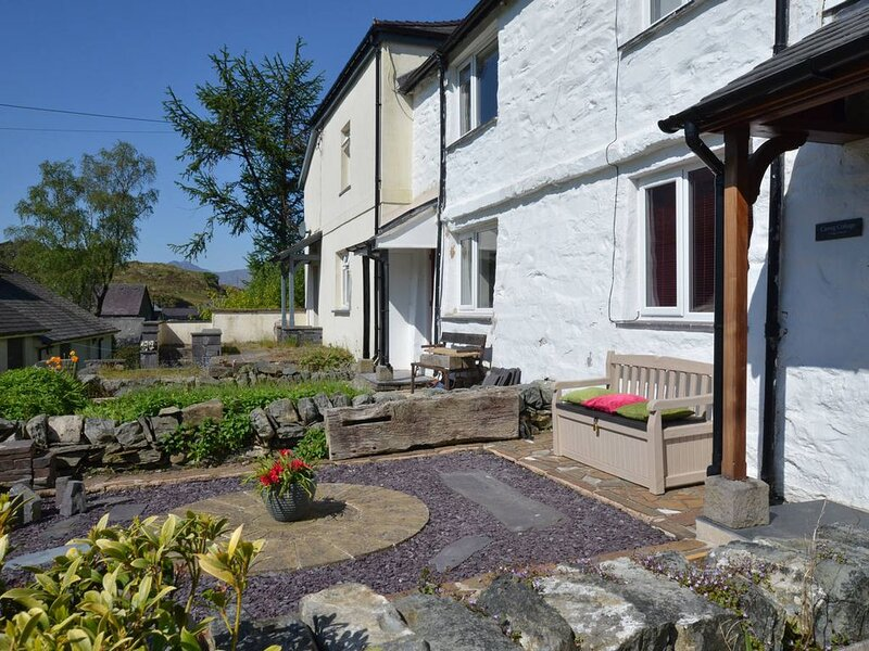 Carreg Cottage is in a fantastic location in Capel Curig, right in the heart of, vacation rental in Dolwyddelan