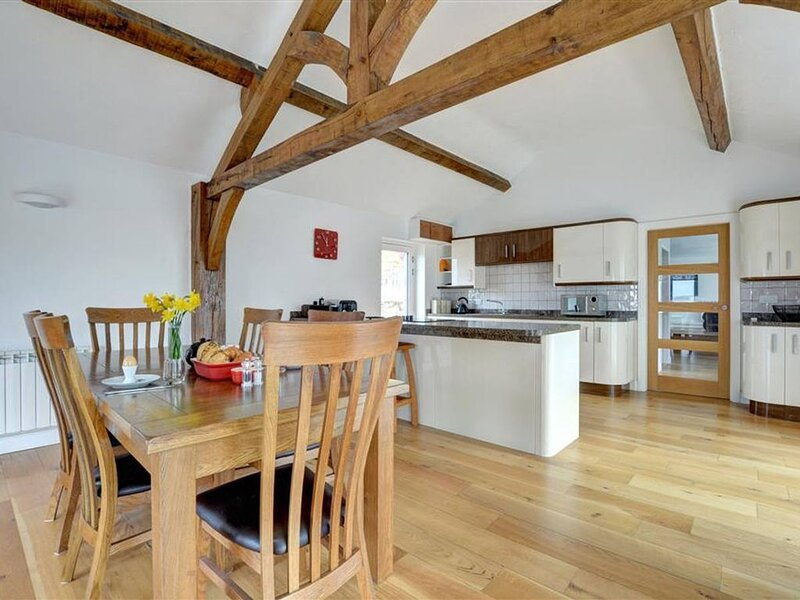 The smaller cottage of 2 located on the owners small holding, Bryn Eithin Bach i, holiday rental in Pentre-Llyn-Cymmer