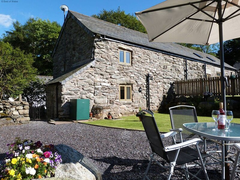 This rural barn conversion has been tastefully furnished to provide a cosy, peac, holiday rental in Maerdy