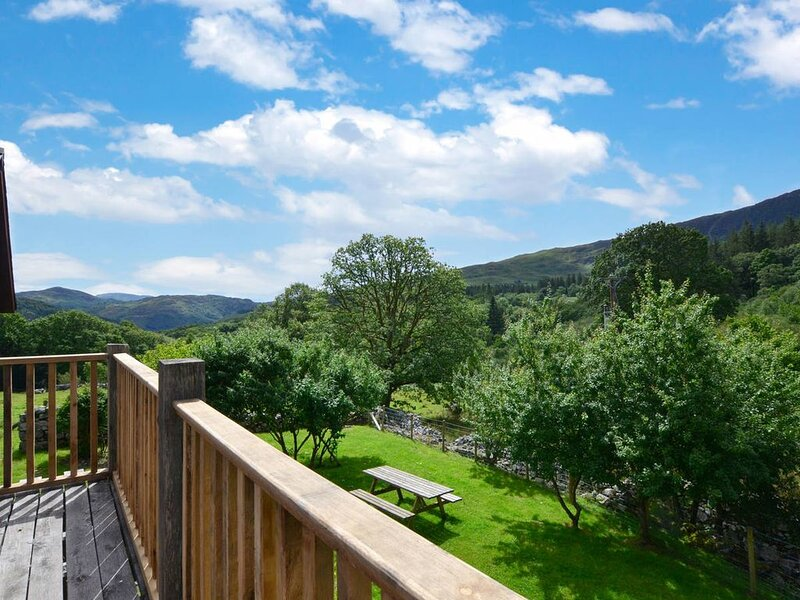 Tyddyn Bwlch is a great property for getting away from it all. This detached sto, casa vacanza a Ganllwyd