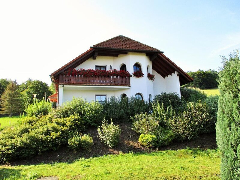 Apartment Fischbach for 2 - 4 persons with 2 bedrooms - Holiday home, casa vacanza a Hoerselberg-Hainich