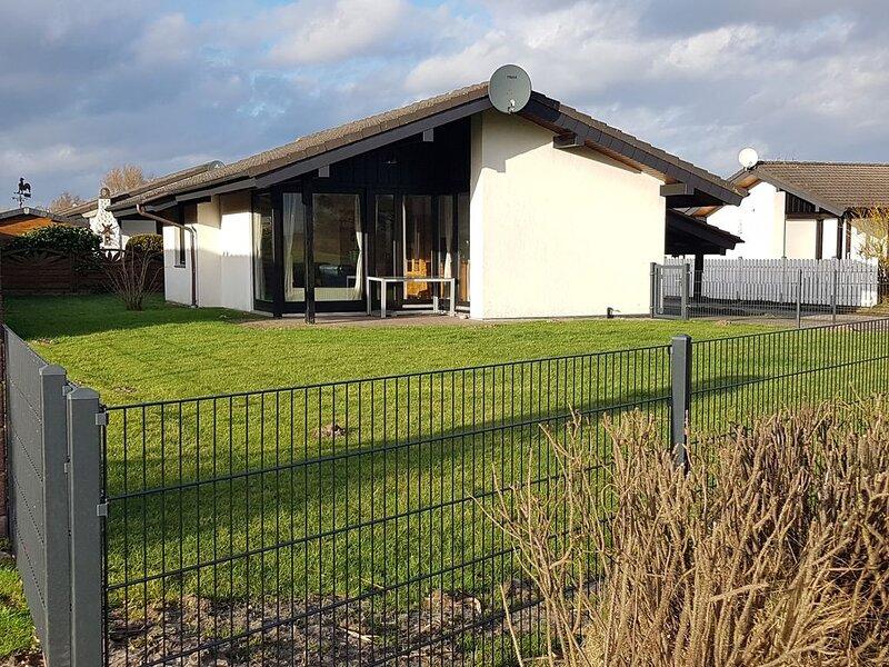 Holiday house Eckwarderhörne for 5 persons with 2 bedrooms - Holiday home, aluguéis de temporada em Sehestedt
