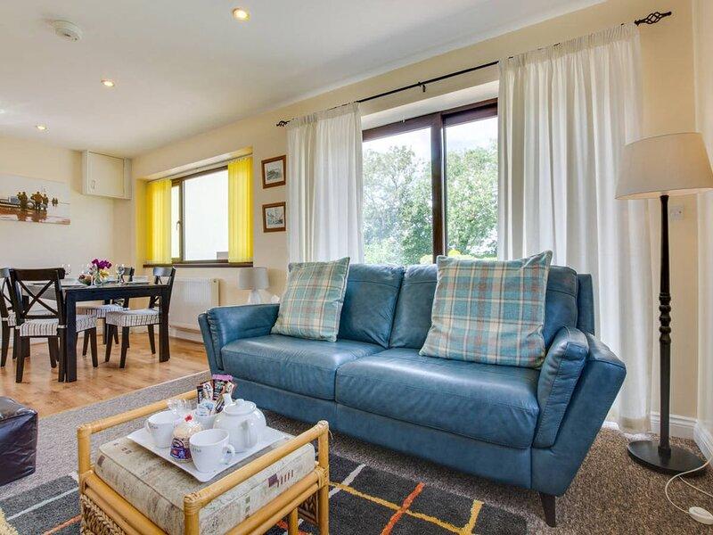 Morgan's Retreat is a super detached little cottage in Summerhill, a small hamle, alquiler de vacaciones en Llanteg