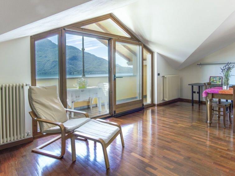 Ferienwohnung La Becca (DMA170) in Domaso - 4 Personen, 1 Schlafzimmer, location de vacances à Domaso