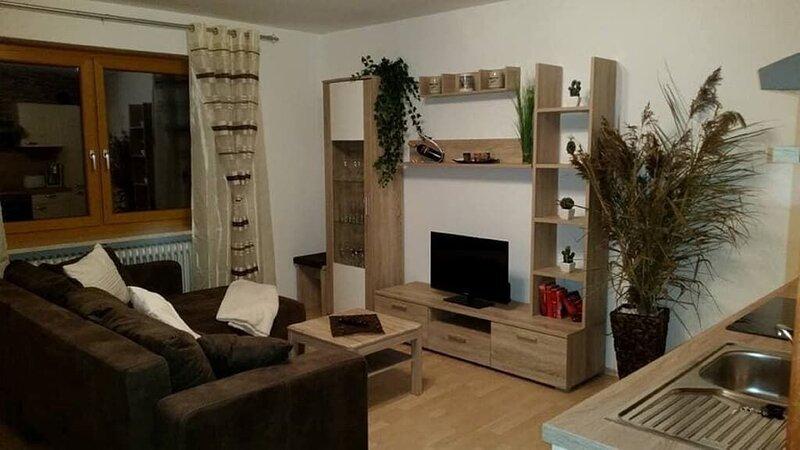 Unterkunft mit uriger Atmosphäre in ruhiger Lage, holiday rental in Treffelstein