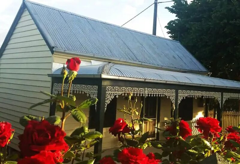 Goldfields Cottage centrally located in Beechworth, holiday rental in Stanley