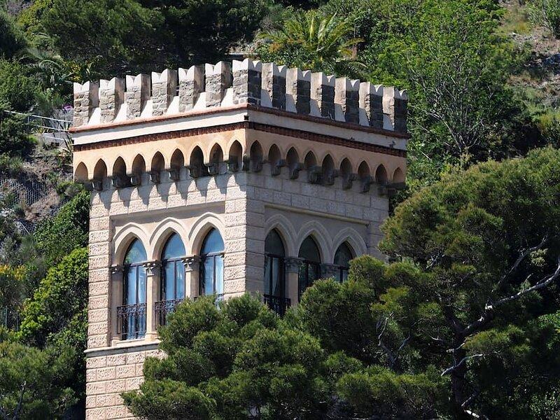 La Torre dei Merli esclusivo antico osservatorio giardino vista unica, casa vacanza a Monterosso