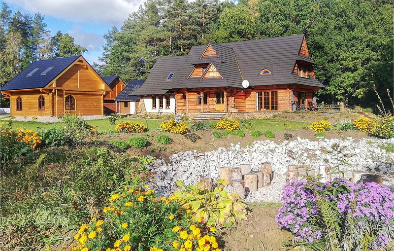 4 Zimmer Unterkunft in Ustka, location de vacances à Smołdzinski Las