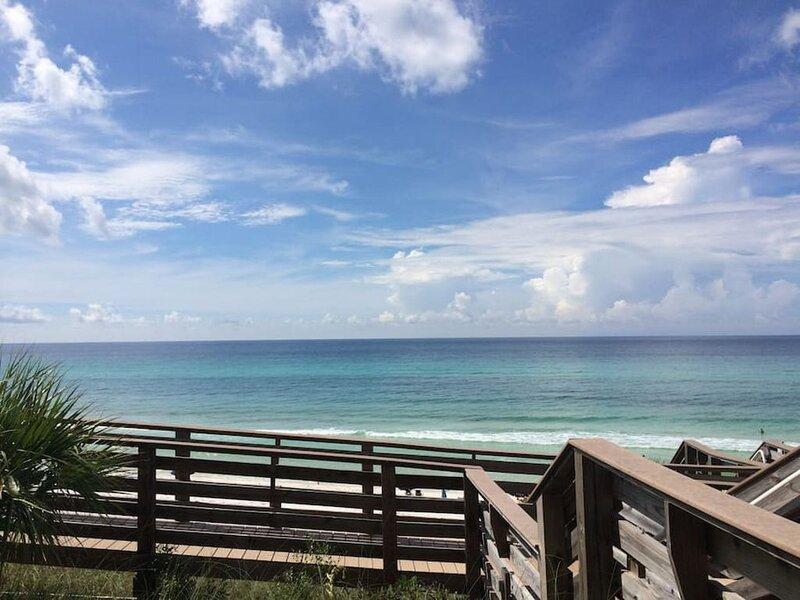 Gulf Front & Ground Floor! - Free Beach Service!, casa vacanza a Alys Beach