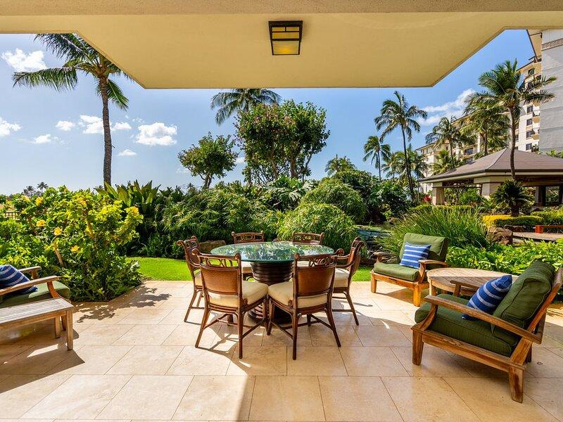 Ground Floor Ko Olina Beach Villa with PRIVACY! Garden Oasis!, vacation rental in Kapolei