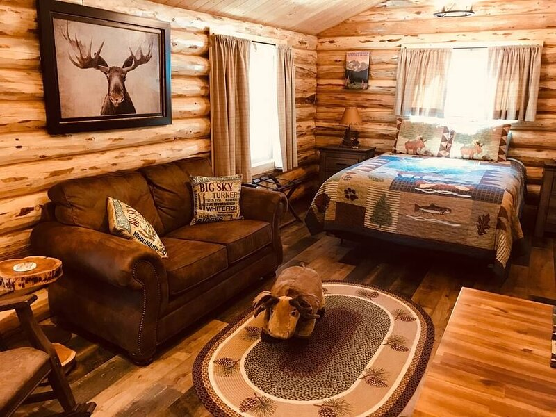 APRIL SPECIAL! - The Moose Cabin at Browns Meadow, alquiler de vacaciones en Kila