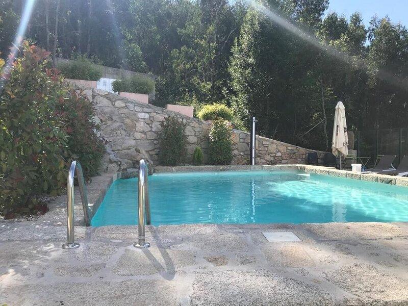 Villa - 5 Dormitorios con WiFi - 107841, casa vacanza a Cuntis