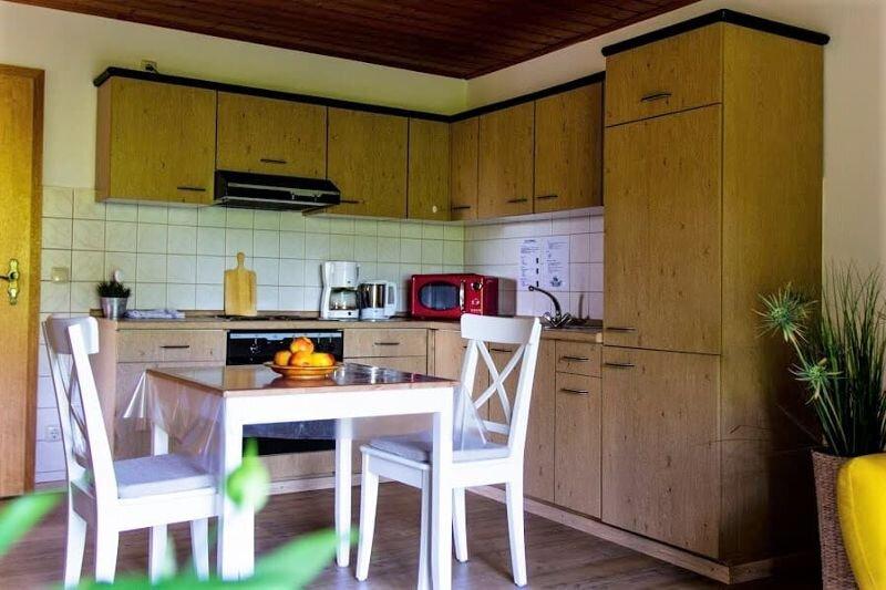 Feriendomizil mit überdachter Süd-Terrasse, holiday rental in Susice