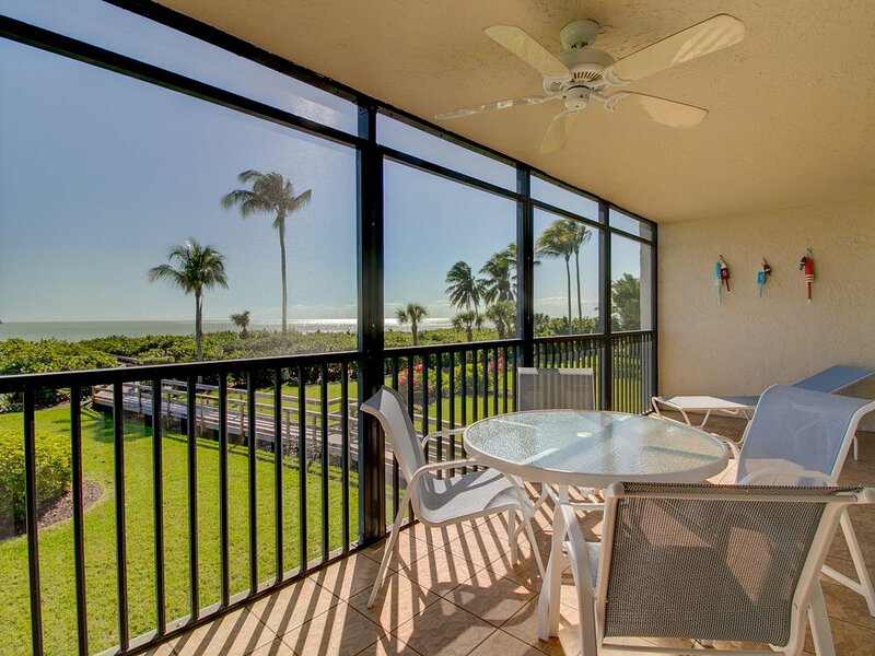 Compass Point 141: Exquisite 2 BR + Den Stunning Views & UV Air Purification!, holiday rental in Sanibel