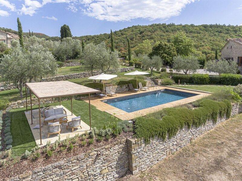 Casa di Pesa, Radda in Chianti, Siena and Chianti, holiday rental in Radda in Chianti
