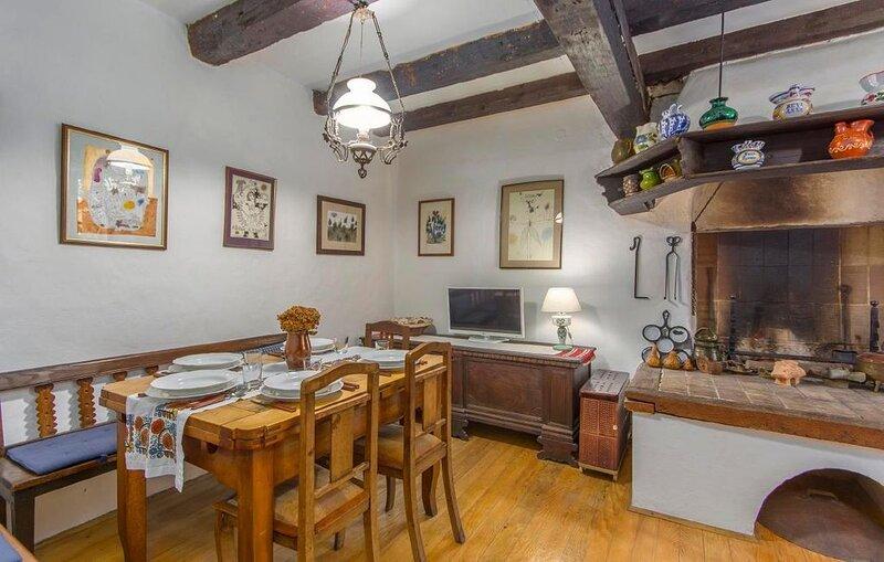 Ferienhaus Groznjan für 1 - 5 Personen mit 2 Schlafzimmern - Ferienhaus, holiday rental in Vizintini Vrhi