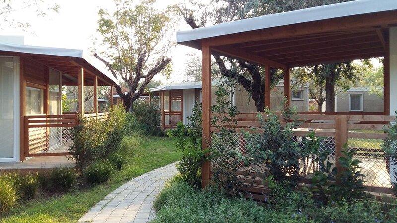Ferienhaus - 6 Personen*, 43m² Wohnfläche, 2 Schlafzimmer, Internet/WIFI, Kabel, casa vacanza a Lido di Jesolo