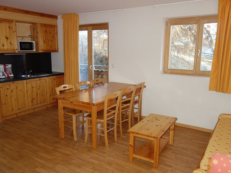 Pracondu 1 305 - SKI IN & SUNNY apartment 6 pers, holiday rental in Haute-Nendaz