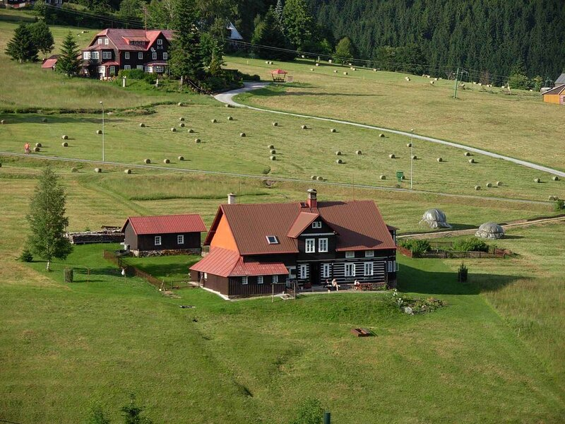 Ferienwohnung mit Aussicht auf die Berge, holiday rental in Horni Mala Upa